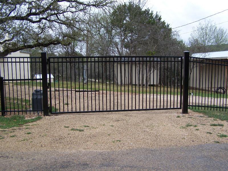 custom-gate-2