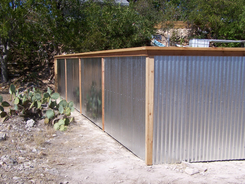 corrugated-metal-with-cedar